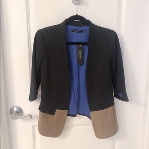 NWT Color Block 1/2 Sleeve Stretch Knit Blazer